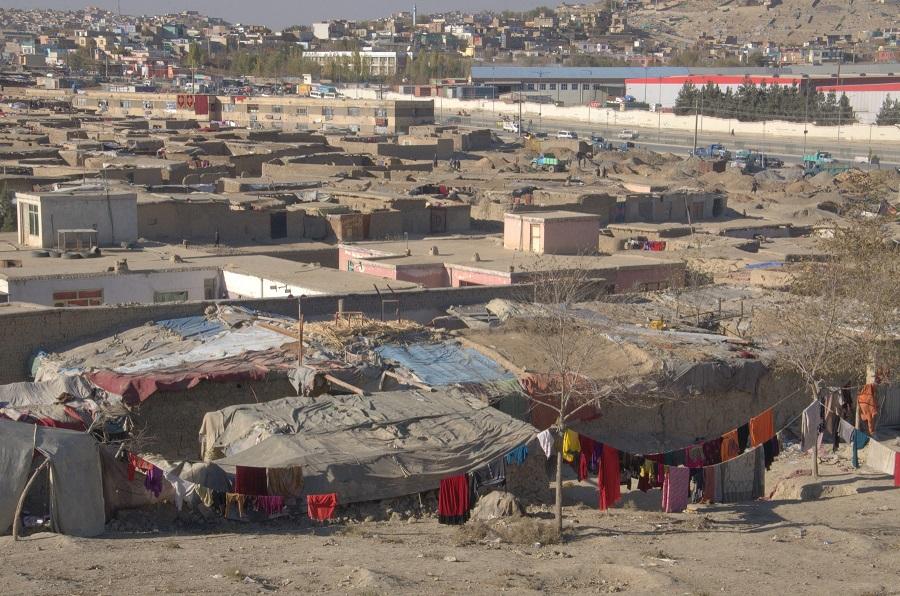 Zehntausende Afghanen suchen in Kabul Schutz in über 50 informellen Siedlungen.