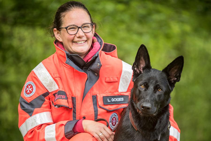 Laura & Ombra von der Johanniter-Rettungshundestaffel Baden-Karlsruhe