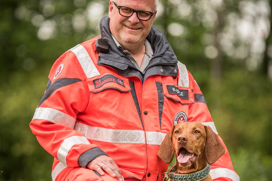 Rainer & Theo von der Johanniter-Rettungshundestaffel Baden-Karlsruhe
