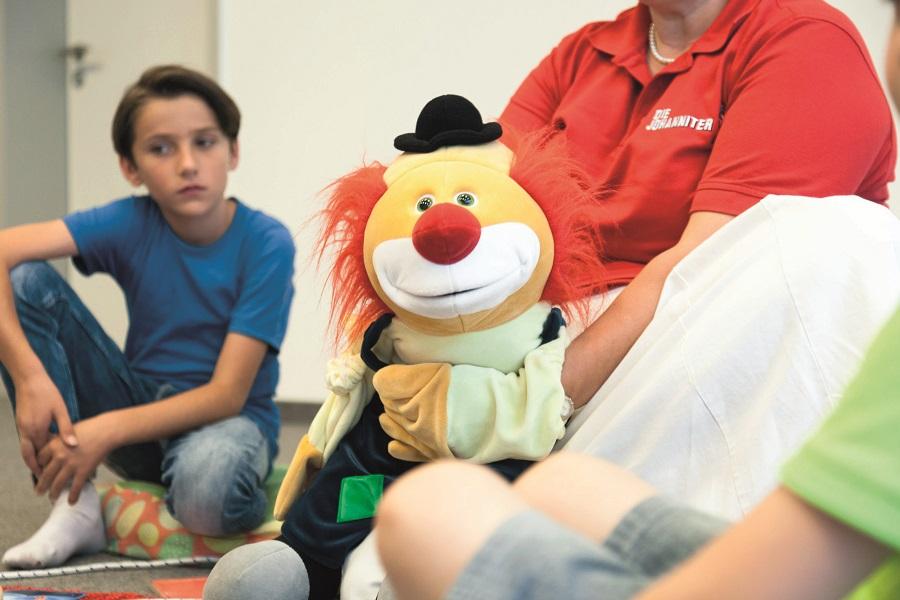 Perlmut(t) hilft traumatisierten Kindern auf dem Weg zurück in den Alltag.