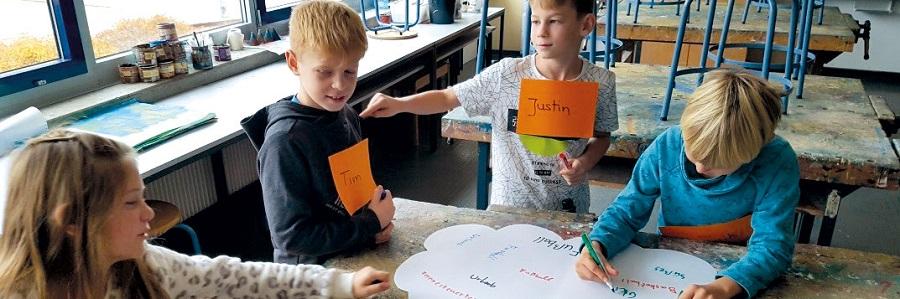 Die Kinder der Gartenstadtschule in Rodgau bei der Projektarbeit.