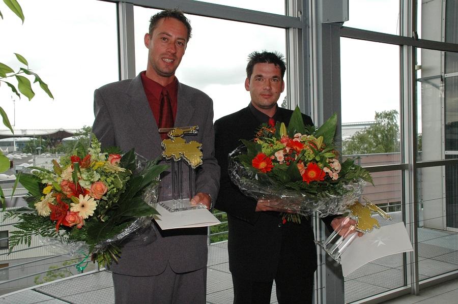 Frank Kruse und Bernd Weber aus Wiesmoor (Ostfriesland) werden mit dem Hans-Dietrich-Genscher-Preis ausgezeichnet.
