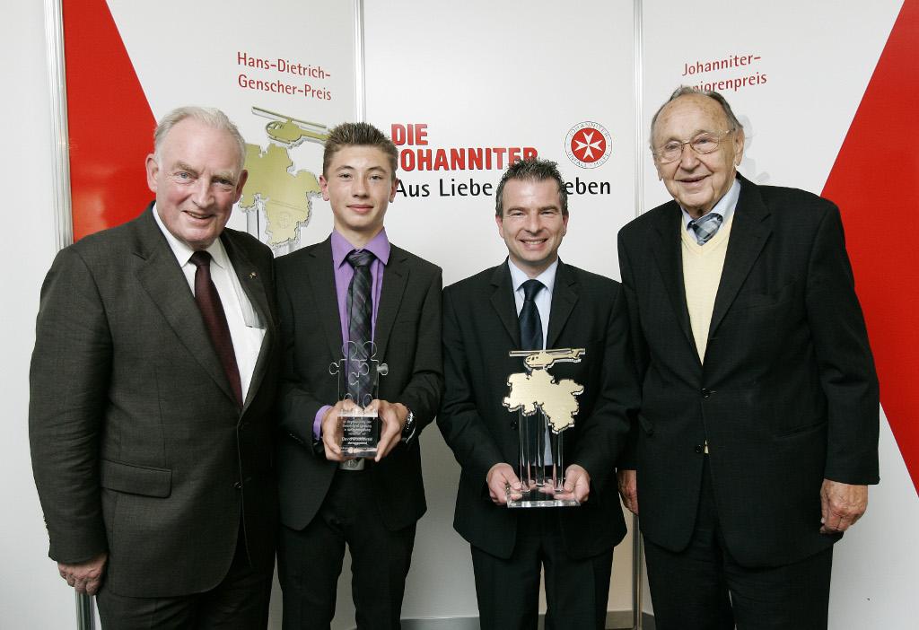 Gewinner des Hans-Dietrich-Genscher-Preis und Johanniter-Juniorenpreis 2011