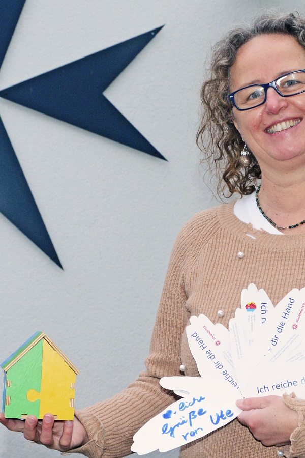 Im Mehrgenerationenhaus Oldenburg helfen Jüngere Älteren und umgekehrt.