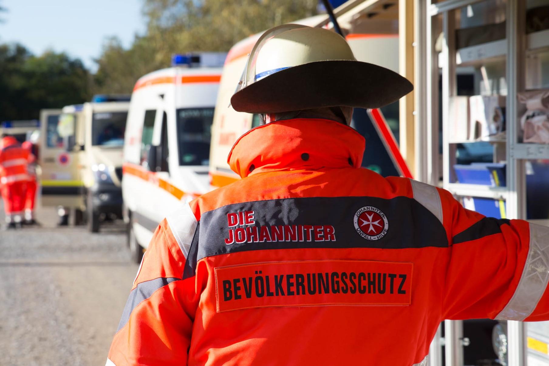 Ehrenamtlicher Helfer im Katastrophenschutz