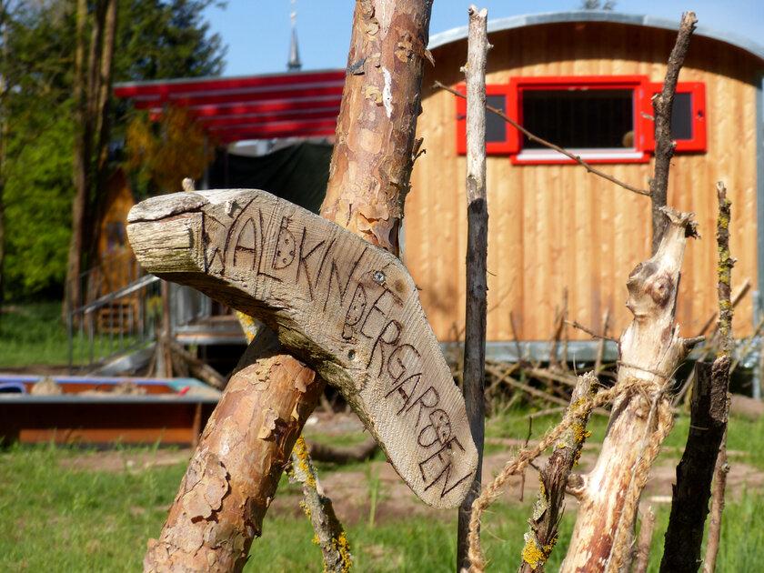 Der Bauwagen des Johanniter-Waldkindergartens in Schlüsselau