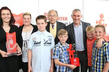 Gewinner des Johanniter-Juniorenpreis 2013 und die Jury