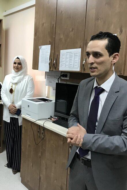 Dr. Al Talbishi und sein Team in ihrem Labor