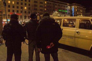 An vier Tagen in der Woche rücken die ehrenamtlich tätigen Johanniter mit ihrem Kältebus in Bremen aus.