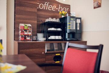 Kaffeevollautomaten im Mutter Eva von Tiele Winckler-Pflegeheim in Wentorf.