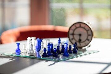 Freizeitaktivitäten wie gemeinsame Brettspiele werden für die Bewohner der Johanniter-Wohnanlage in Bad Wörishofen organisiert.
