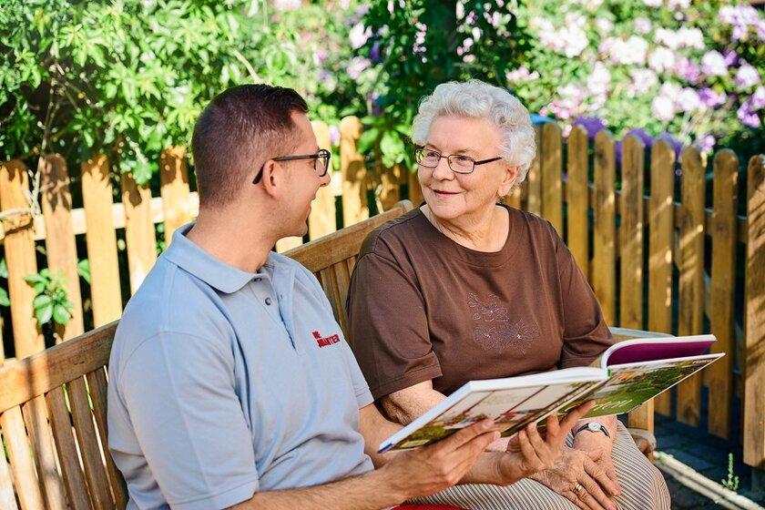 Kostenlose Online-Pflegekurse mit dem Johanniter-Pflegecoach