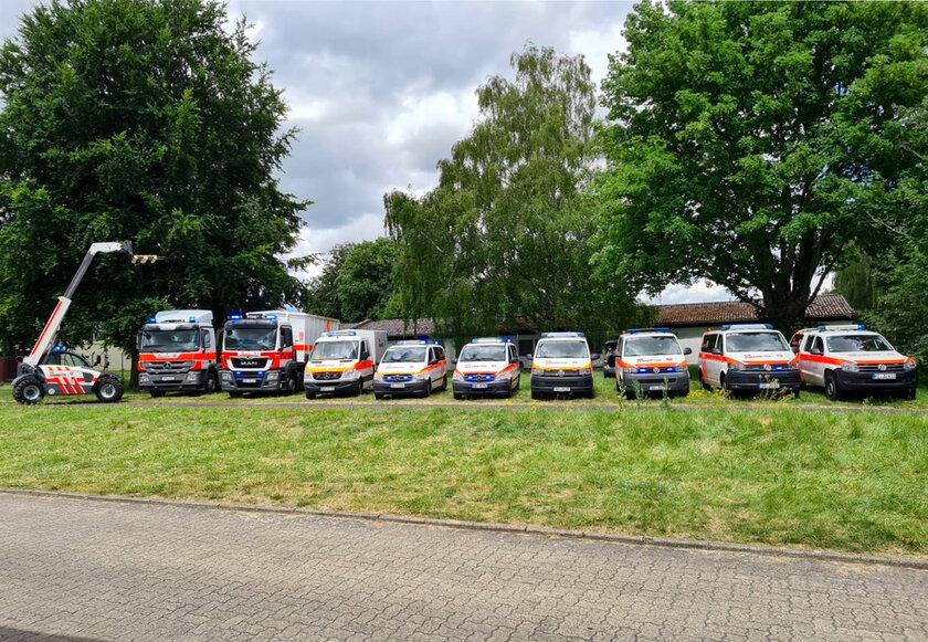 10 verschiedene Einsatzfahrzeuge