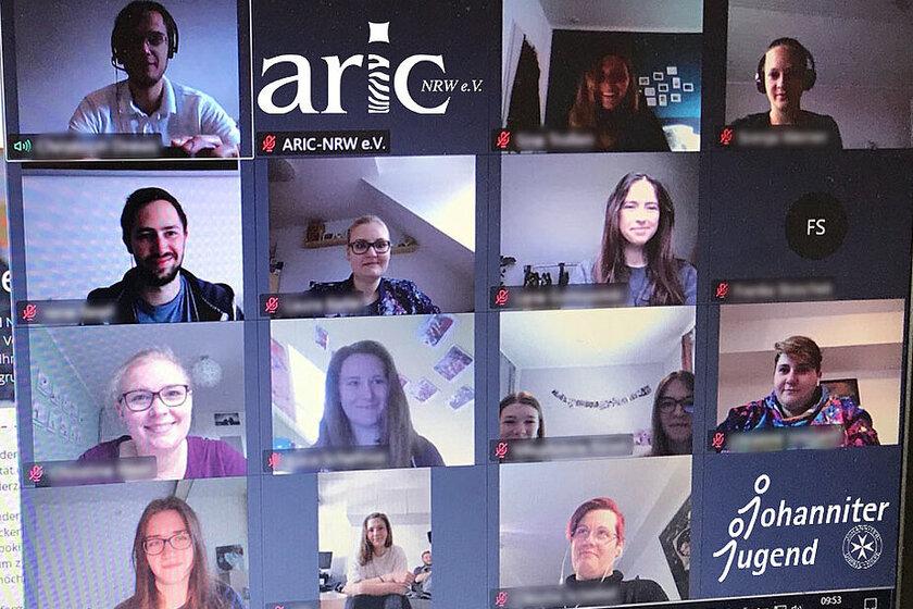 Ein Screenshot einer Videokonferenz.