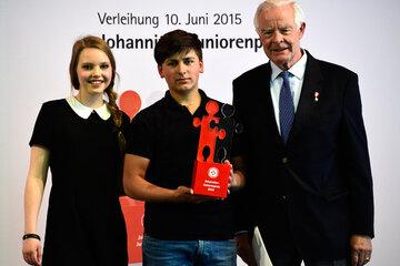 Jordan Raß wird mit dem Johanniter-Juniorenpreis 2015 ausgezeichnet