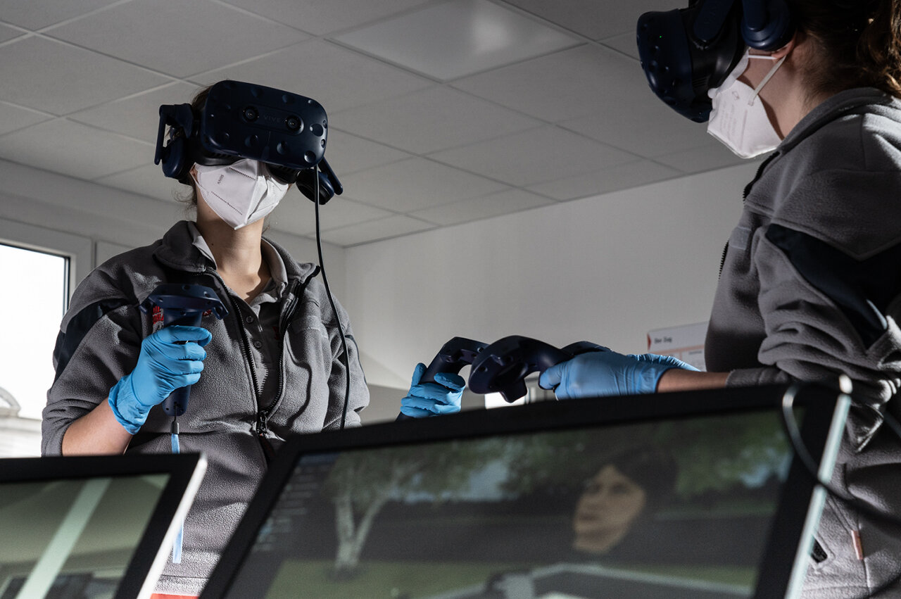 In der Johanniter-Akademie Niedersachsen/Bremen kommen moderne Lehr- und Lernkonzepte wie Virtual Reality zum Einsatz.