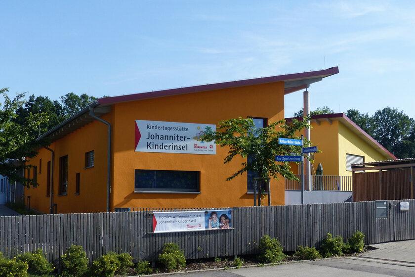 Außenansicht der Kindertageseinrichtung Johanniter-Kinderinsel Reckendorf