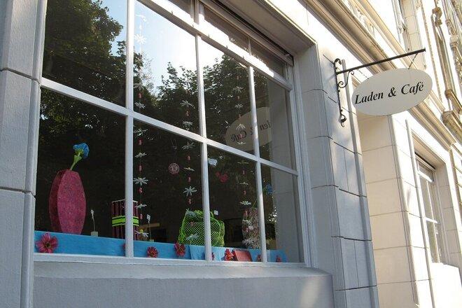 Schaufenster Laden & Café der Johanniter-Tagesstätte für psychisch kranke Menschen