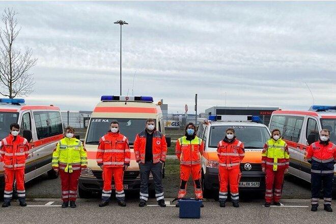 Die mobilen Impfteams in Karlsruhe werden von den Karlsruher Hilfsorganisationen ASB, DLRG, DRK, JUH und MHD gestellt.