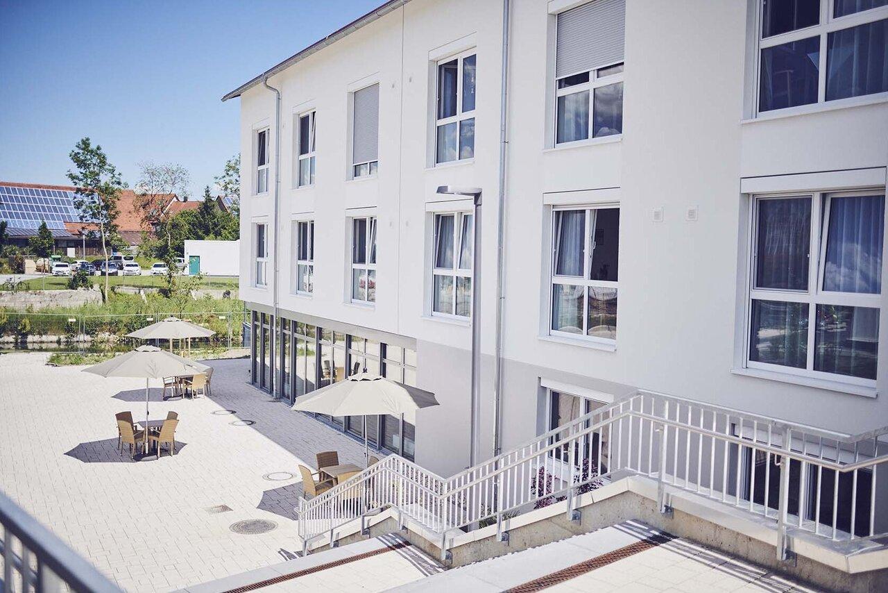Die Terrasse im Johanniter-Seniorenzentrum Hermaringen