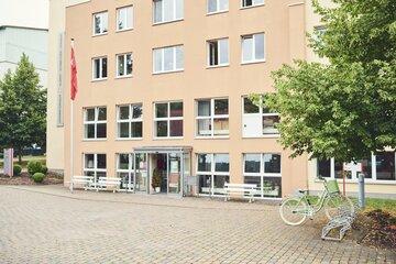 Eingang des Johanniterhauses Heiligenstadt in der Albert-Schweitzer-Straße