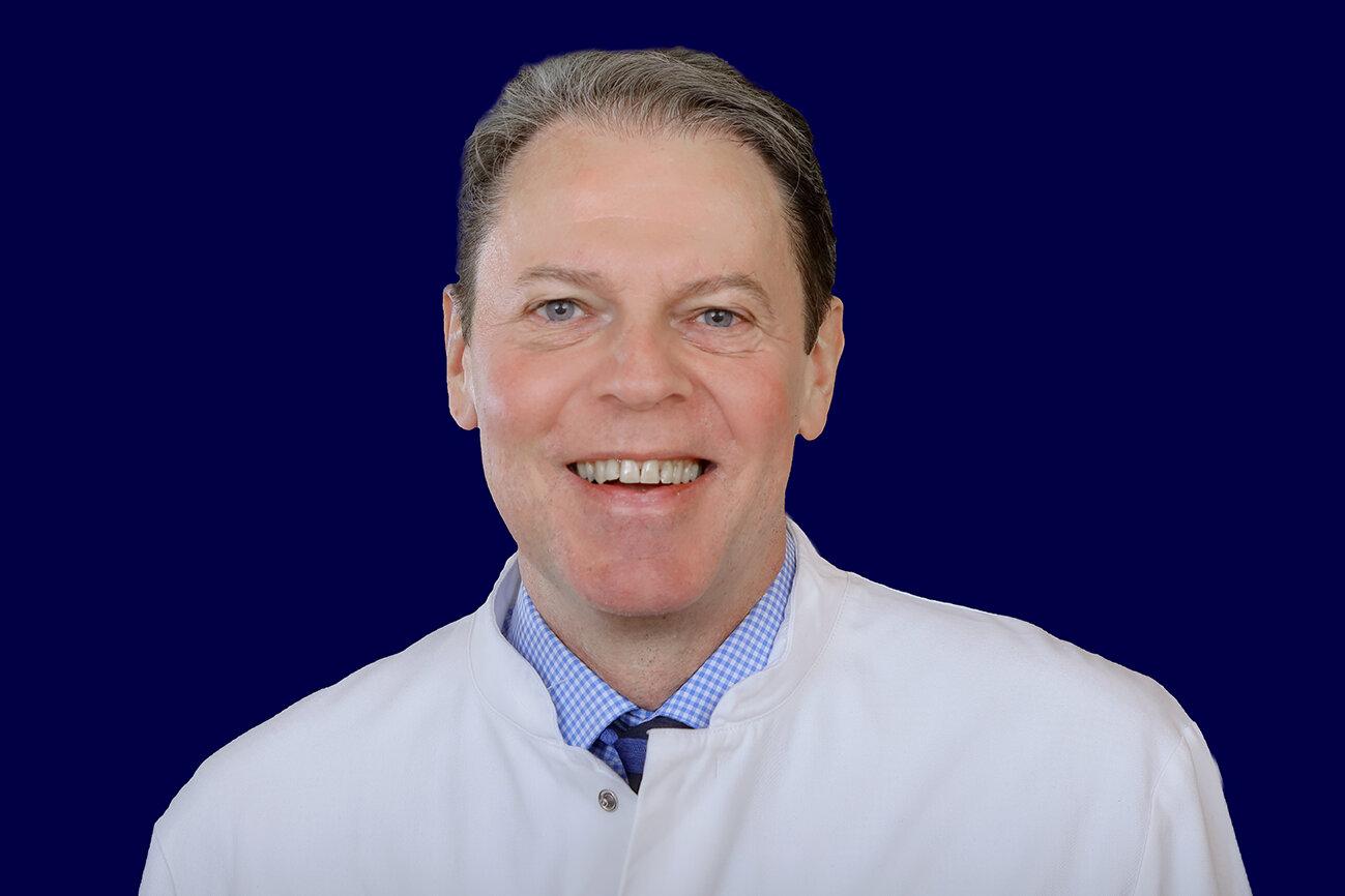 Ein Bild von dem Chefarzt