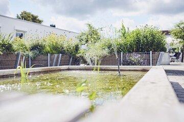 Teich im Garten des Johanniter-Pflegewohnhauses in Mögglingen