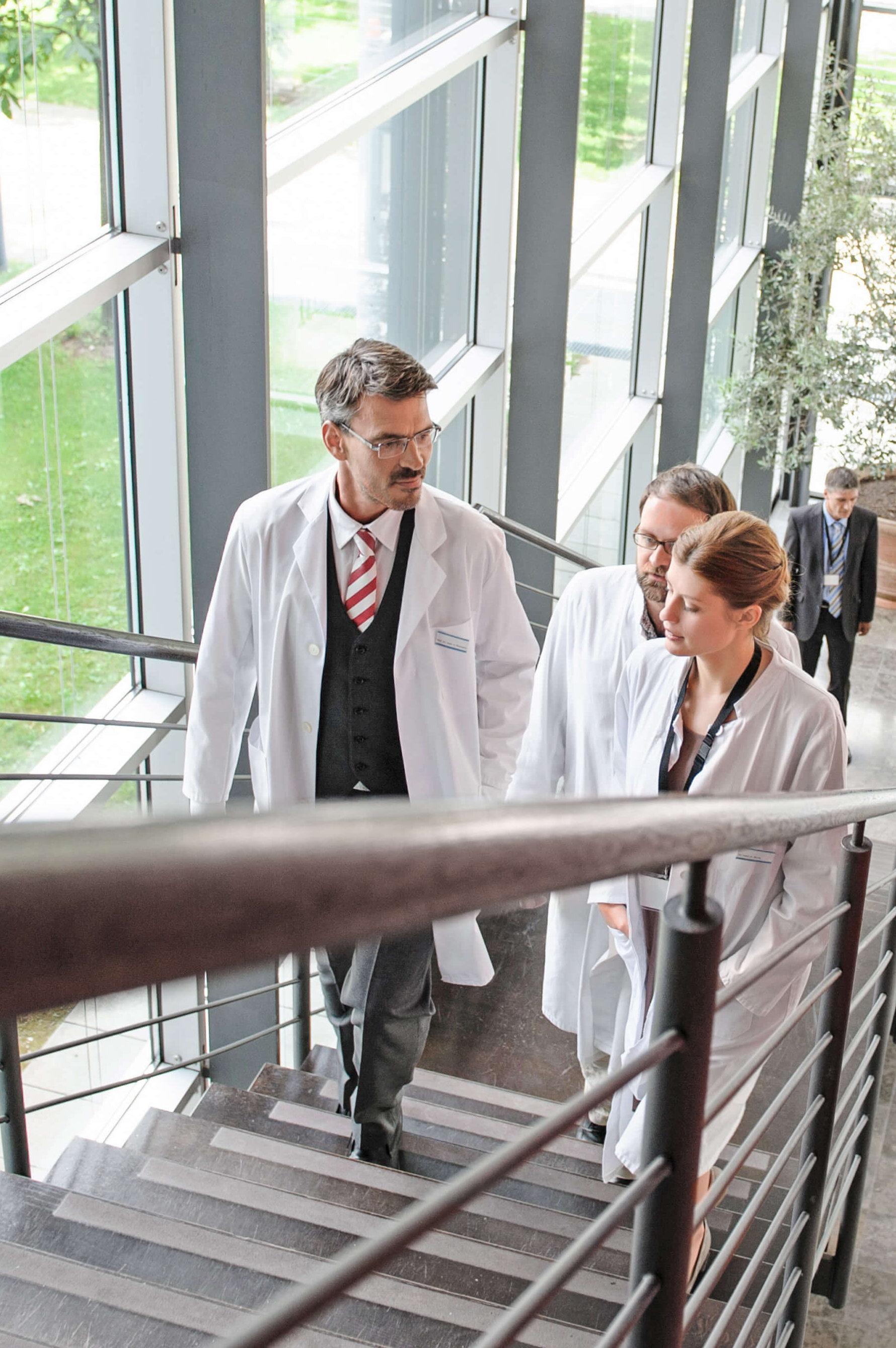 Hervorragend ausgebildetes Personal und erstklassige medizinische Leistungen erwarten Sie in unseren Johanniter-Krankenhäusern.