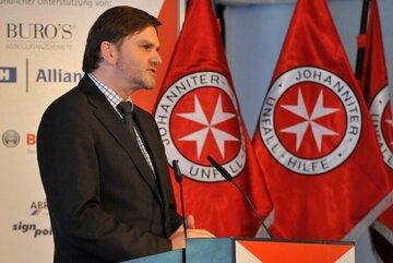 Festredner Uwe Schünemann ehrt die Preisträger 2009